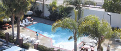 Ramada Hollywood Pool